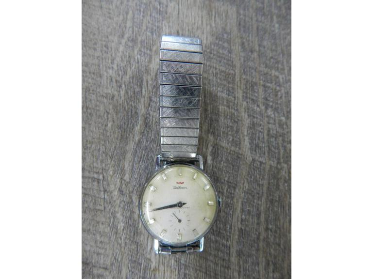 1967 Waltham Diamond Dial Mechanical Watch