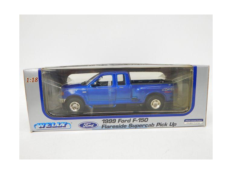 Large Scale Die-Cast 1999 Ford Supercab Model