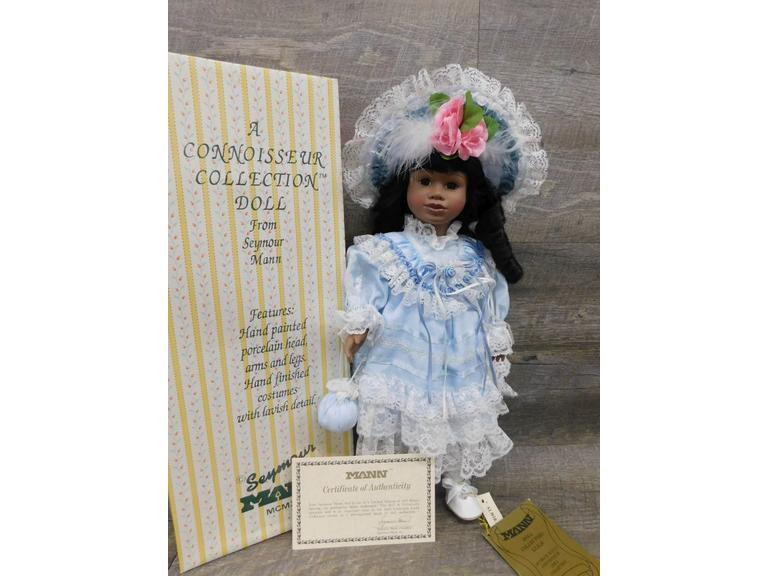 Seymour Mann Connoisseur Collection Doll