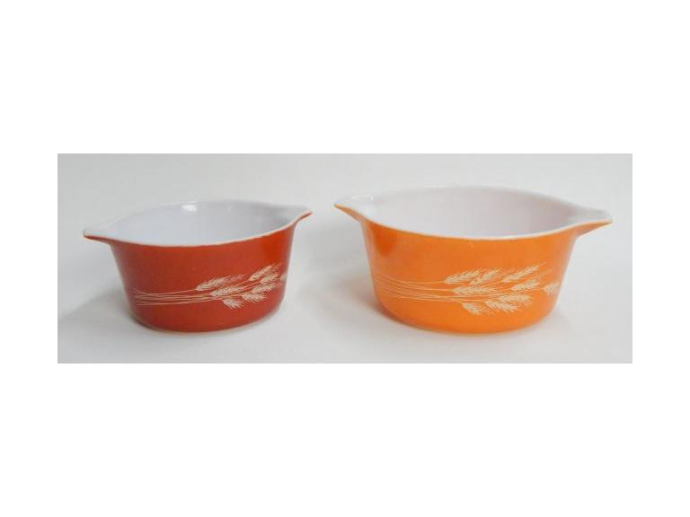 Pair of Pyrex Wheat Pattern Casserole Dishes