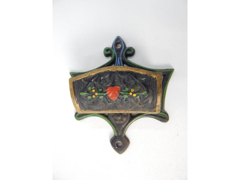 Wilton Cast Iron Match Holder