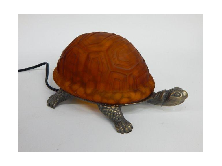 Gall Shell Turtle Lamp