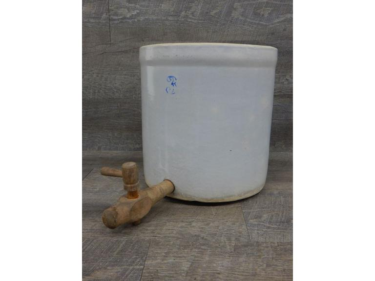 Primitive 3 Gallon Crock with Spout