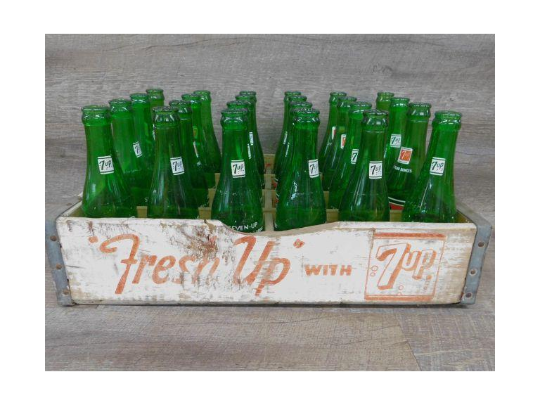 Vintage 7 Up Crate and Bottles
