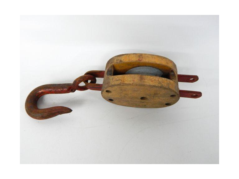 Old Rope Pulley