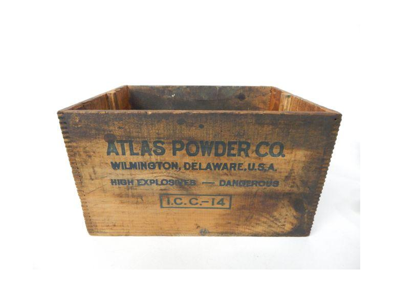 Atlas Powder Crate