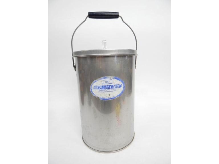 Behrens Metal Bucket