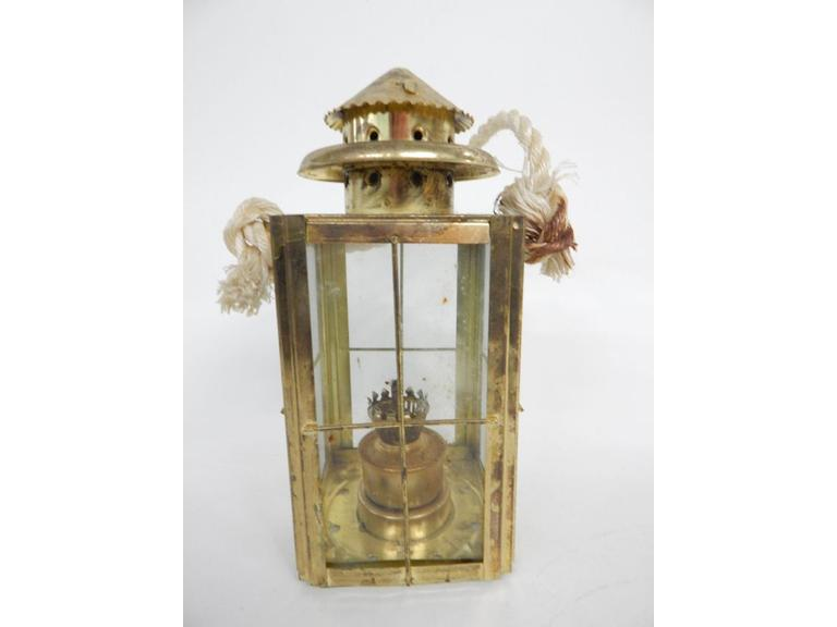 Tin Metal Oil Lantern