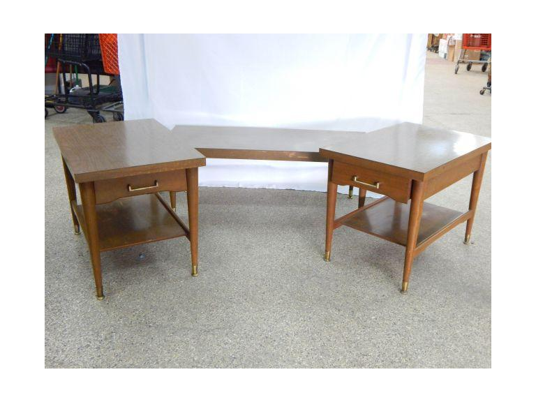Mersman Table Set