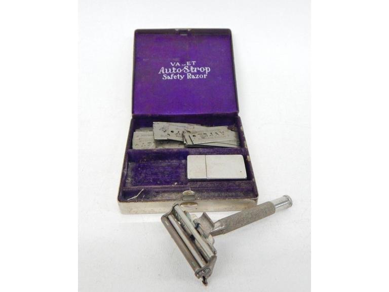 Antique Auto Strop Razor