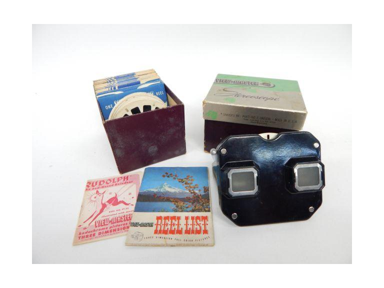 Vintage View Master with Slides