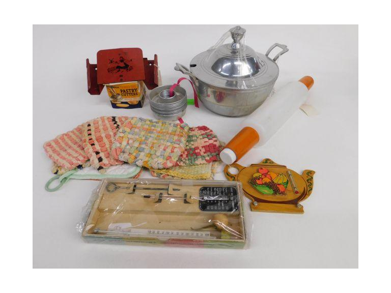 Vintage Kitchen Lot