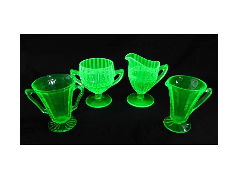 Green Depression Creamer & Sugar Sets