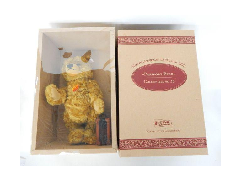 Steiff 1997 Passport Bear