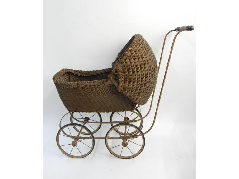 Antique Wicker Baby Doll Buggy
