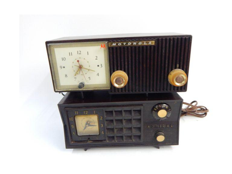 Vintage Tube Type Clock Radios