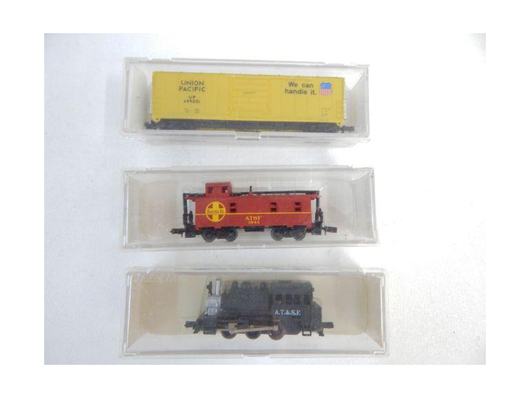 """N"" Gage Locomotive and Cars"