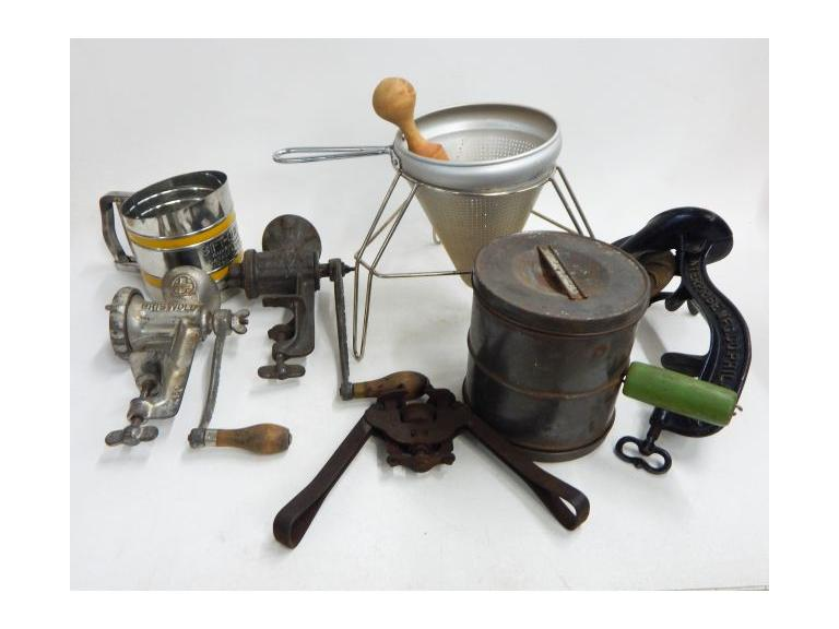 Antique & Vintage Kitchen Gadgets