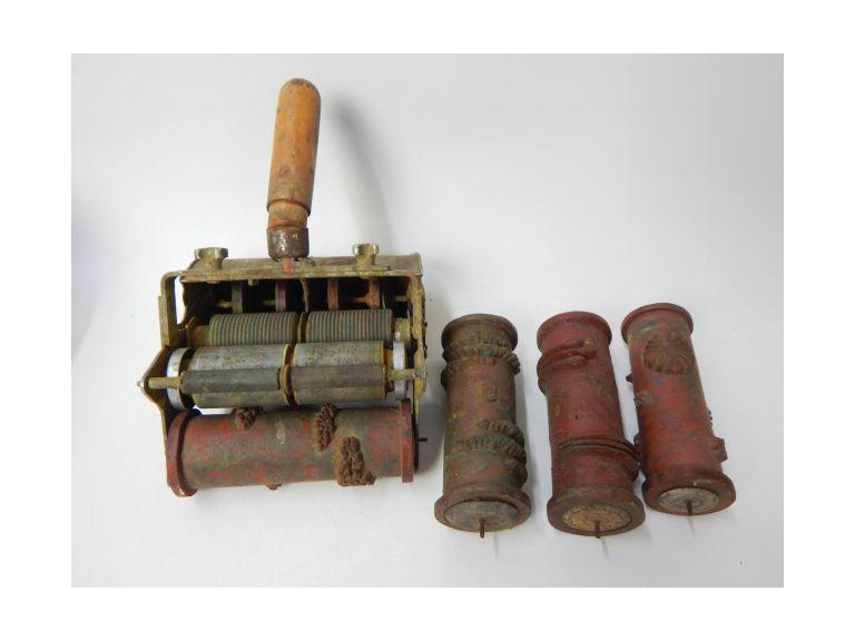 Vintage Paint Pattern Roller Kit