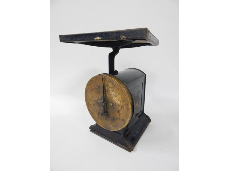 Antique Brass Face Table Scale