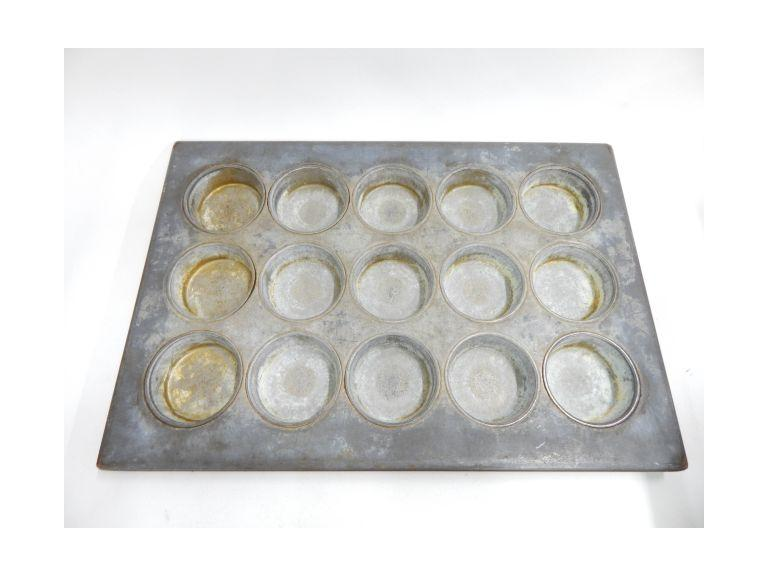Large Industrial Muffin Pan