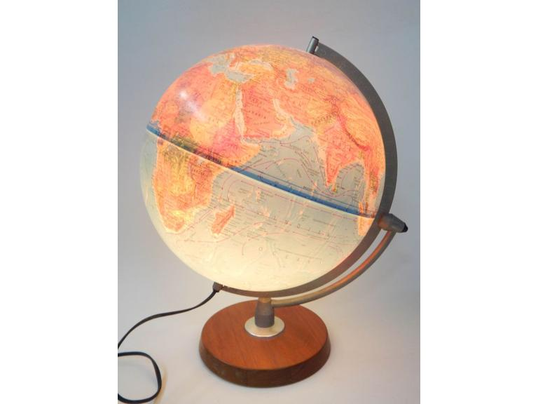 Light Up World Globe