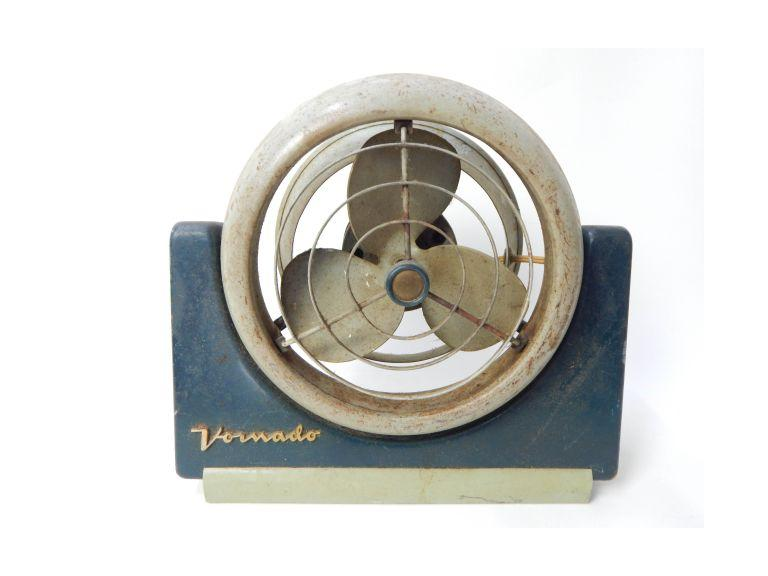 Vornado Adjustable Table Fan