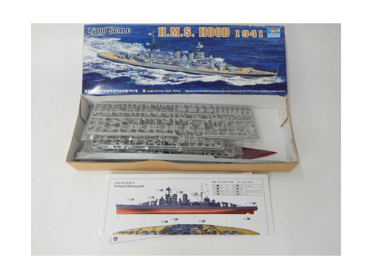 Trumpeter Plastic Ship Model