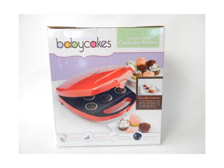 New Babycakes Cupcake Maker