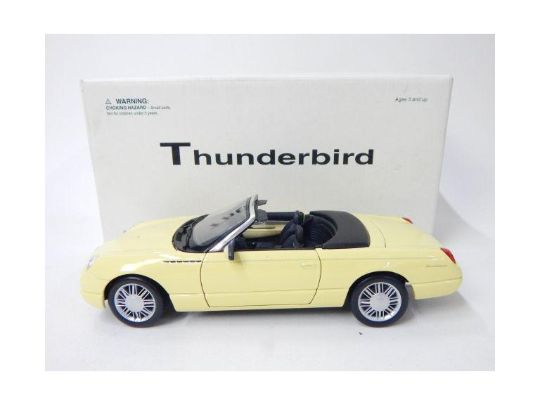 Die Cast Maisto Thunderbird Model