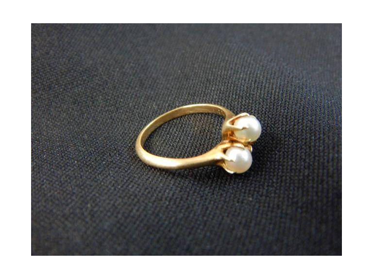 10kt. Gold & Pearl Ring