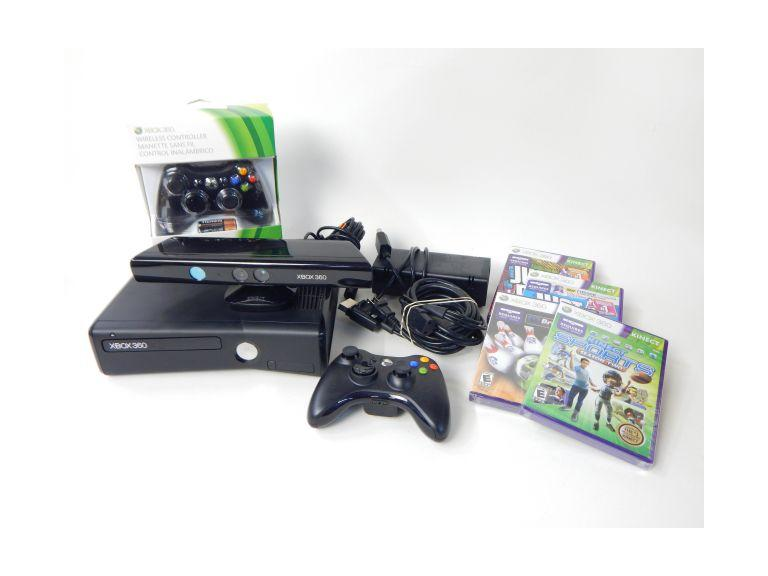 X-Box 360 S Console with Kinects
