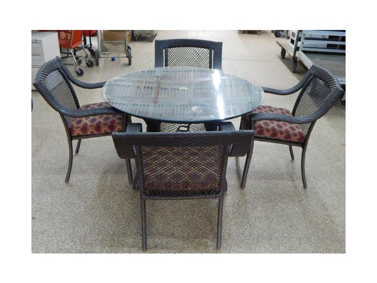 Outdoor Glass Top Wicker Table & Chair Set