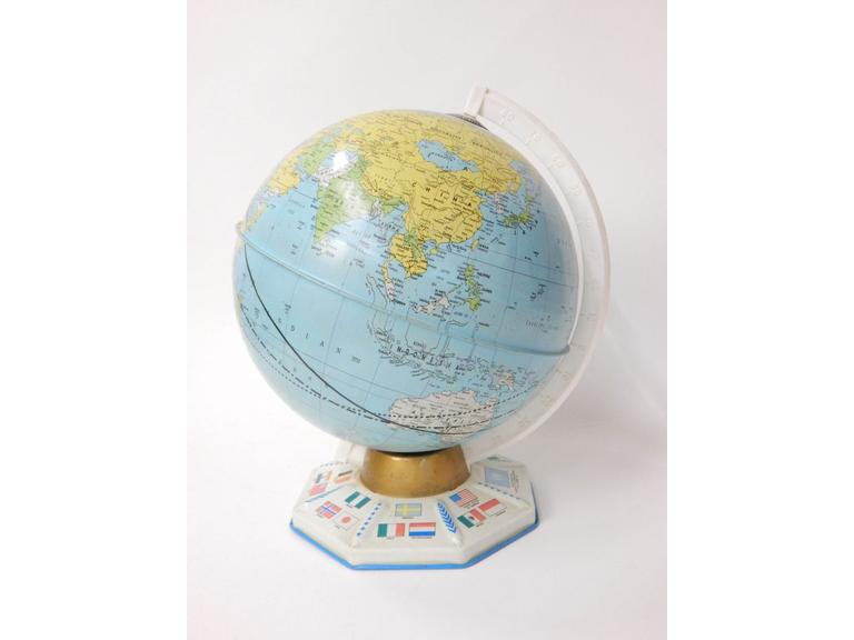 Tin Metal World Globe