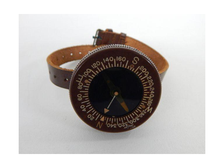 WW2 Paratrooper Compass with Wristband