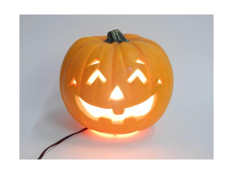 Light-Up Halloween Pumpkin