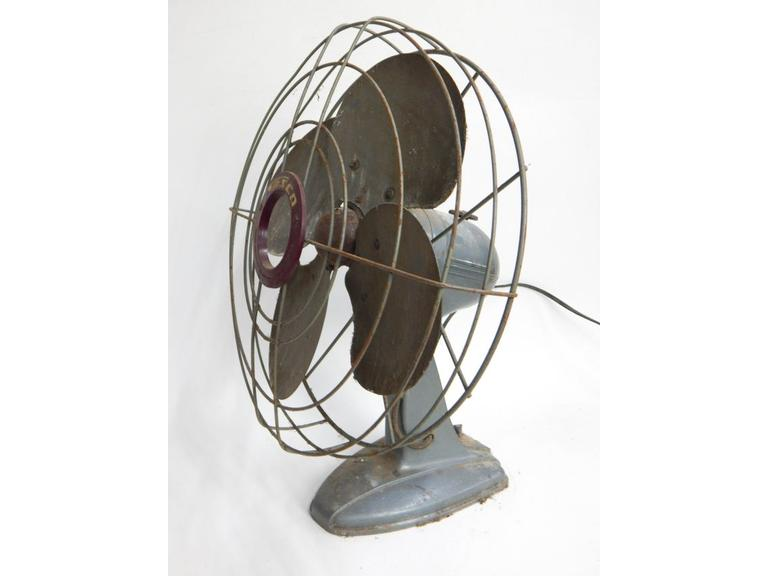 Fasco Metal Blade Table Fan