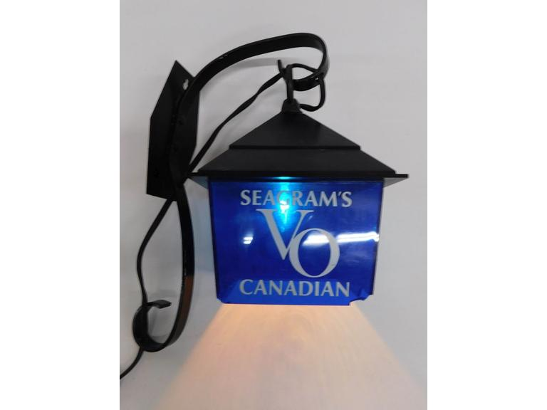Vintage Seagram's VO Bar Light