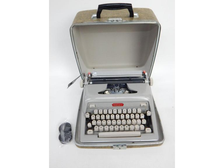 Royal Mechanical Typewriter