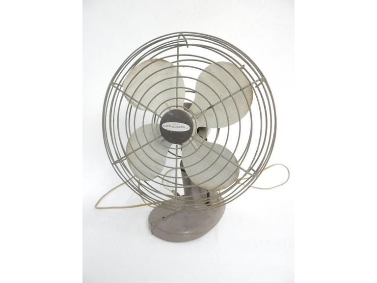 Duracrest Oscillating Table Fan