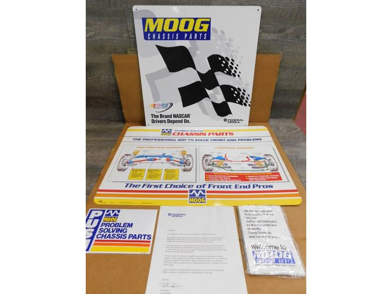 MOOG Auto Parts Advertising Packs