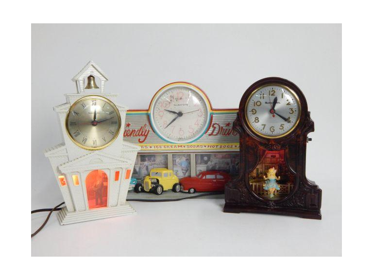 Vintage Master Crafters Clocks and Soda Shop Clock