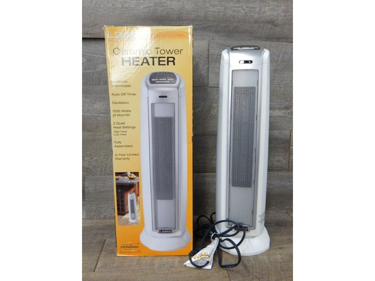 Lasco Oscillating Stand-up Heater