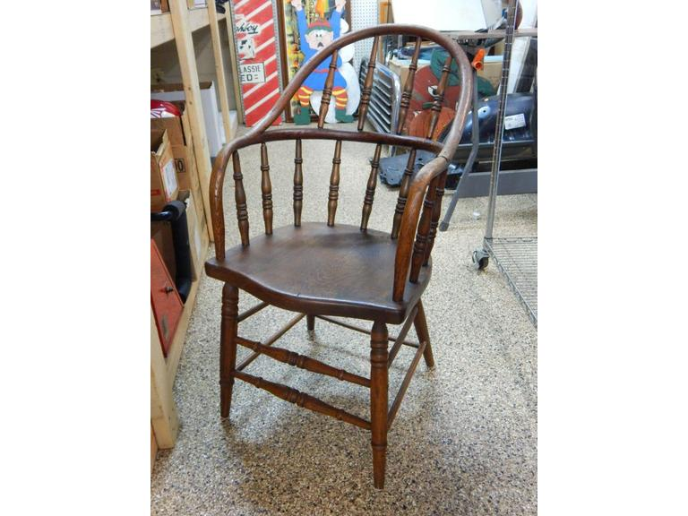 Antique Solid WoodSpindle Back Chair