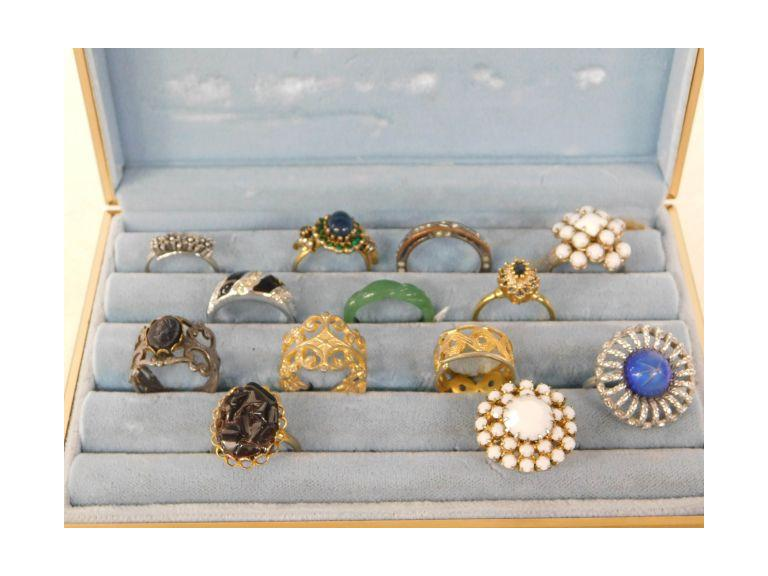 Costume Rings in Display Box