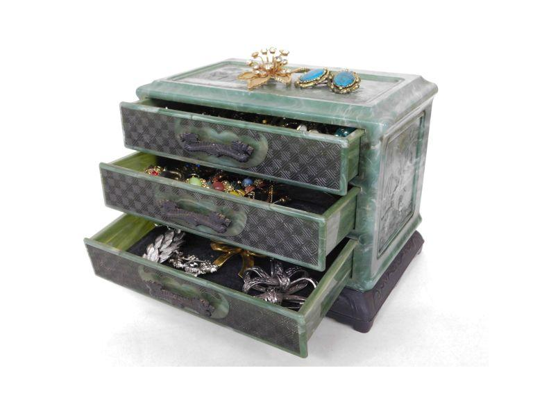 Vintage Oriental Themed Plastic Jewelry Box w/ Jewelry