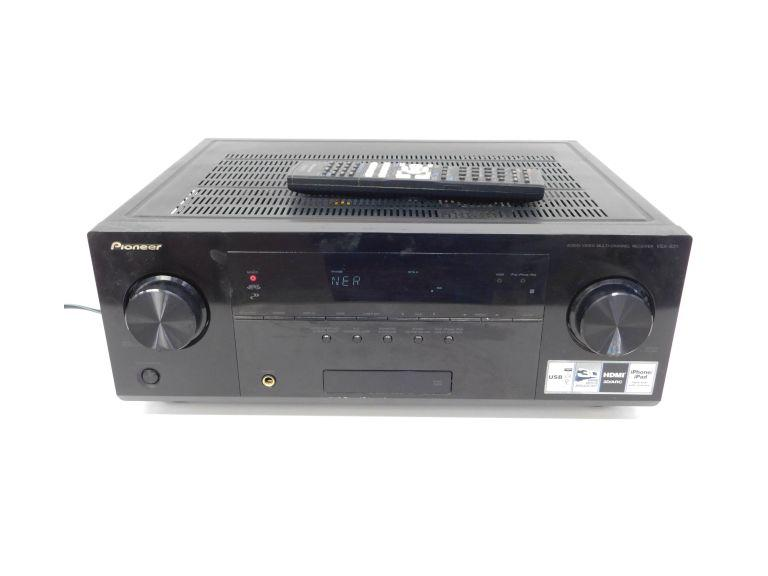Pioneer Audio Video Receiver VSX-821