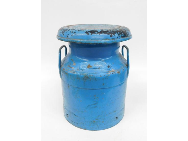 Rustic Country Belle Milk Can With Wonderful Blue Paint
