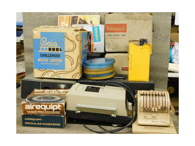 End Of Auction Lot with Movie and Slide Projectors