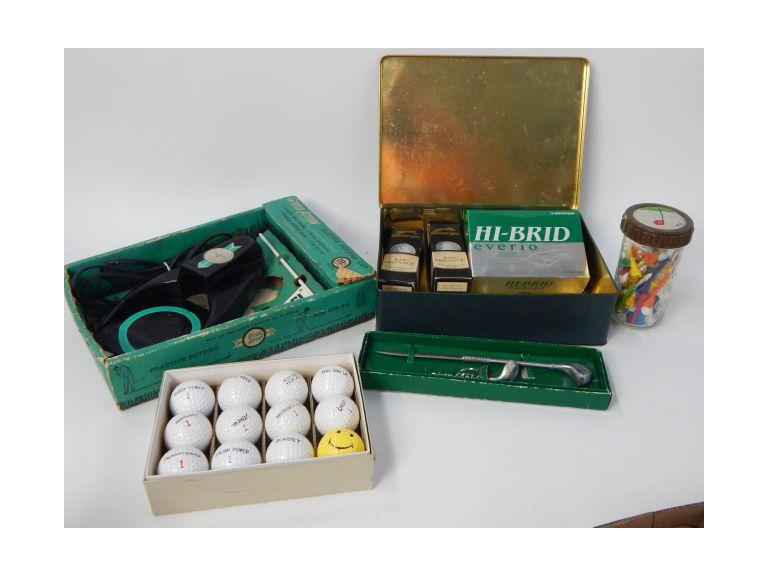 Golfers Collection with Balls, Tees an Collectibles